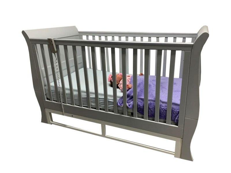 Scotia Cot with Newborn
