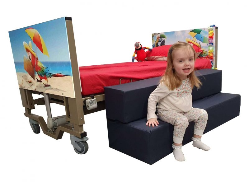 Caribbean – A Unique Childrens Turning Bed & Sulu Steps