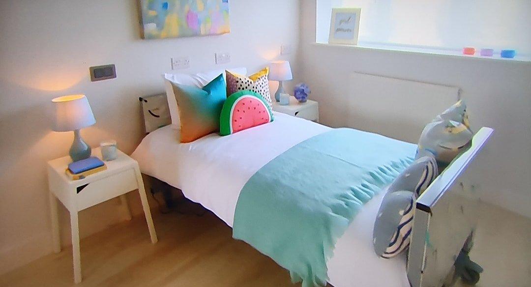 Centrobed DIYSOS Bed